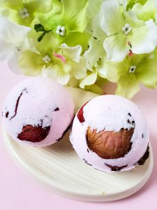 rose petal bath bombs tutorial